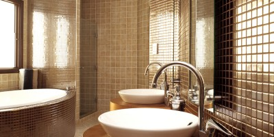 bathroom-comfortable-interior-design-idea-for-bathroom-with-brown-accent-29-perfect-photos-of-interior-design-ideas-for-bathrooms