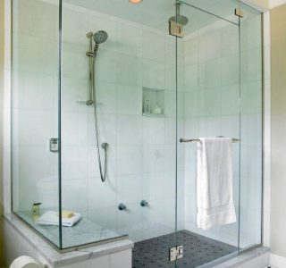 021-duso-kabina-stiklo-sienele-dizainas