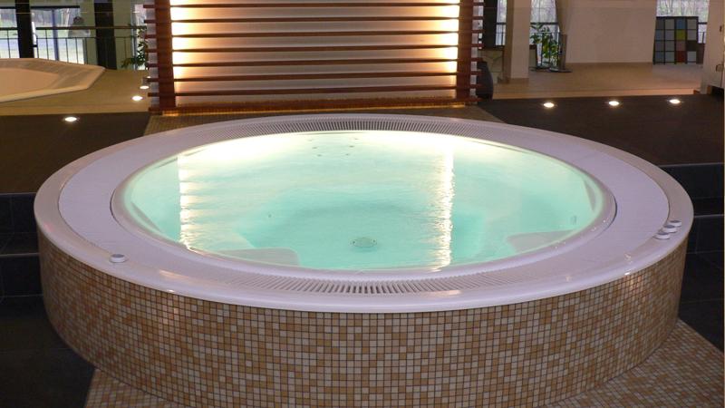 Hidromasazinio baseino įrengimas