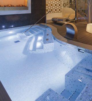 010-vidaus-plaukimo-baseinu-irengimas-baseinu-iranga-mozaikos-plyteliu-klijavimas