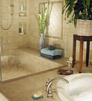 026-vonios-kambario-duso-kabinos-plyteliu-dizainas